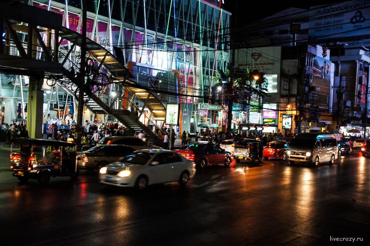 Улицы ночного Бангкока